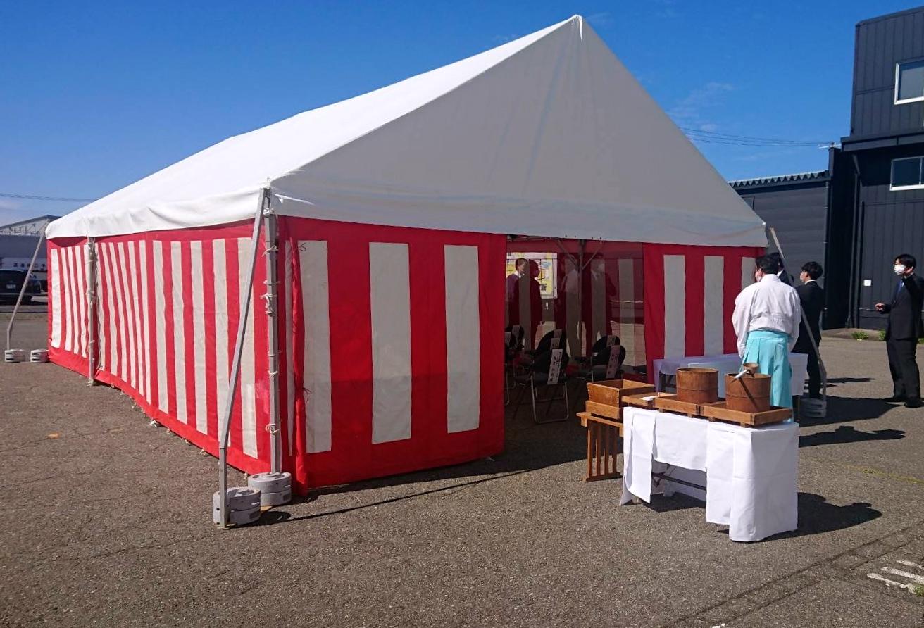 地鎮祭の会場テント